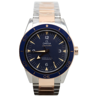 OMEGA SEAMASTER 300M TITANIUM AND ROSE GOLD £7995.00 233.60.41.21.03.001 - Cheshire Watch Company