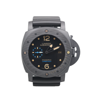 OFFICINE PANERAI SUBMERSIBLE PAM 616 CARBOTECH  £13,800.00 - Cheshire Watch Company